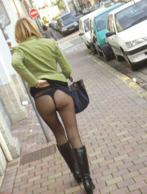 Louciana fame escort in Hamminkeln